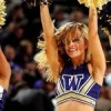 Washington Huskies cheerleader